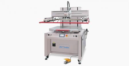 Elektrická tiskárna s plochou obrazovkou (běžná velikost 600x800 mm) - Elektrická plochá tiskárna AT-80P je vhodná pro sítotisk na pružný nebo tuhý plochý materiál, jako je membránový spínač, flexibilní tiskové obvody, typový štítek, značení, bezpečnostní bezpečnostní karta, automobilová palubní deska, těsnění motoru, přenosový papír, elektroluminiscenční atd. produkty.