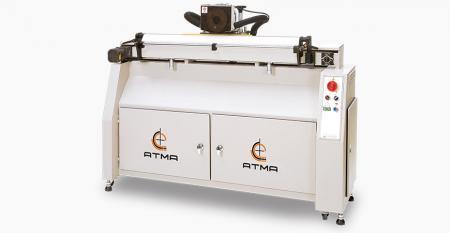 自動スキージ削り(最大研削ストローク1000mm) - ダイヤモンドホイールを採用し、高速で微細な研削を行い、印刷品質を確保します。