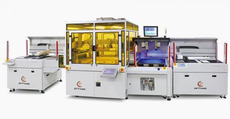 自动影像对位薄膜网印机(隔离纸) - 特殊薄膜网印作业过程中,进料及收料部位加隔离纸,确保印件堆叠时不会损伤材质