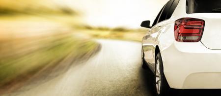 Автомобільний скляний принтер зі скла - Автомобільний фронт лобового скло: друк чорної рамки автомобільних зворотні лобове скло: друк чорної рамки, запотівання термічної лінії і шини Автомобільного трикутник Бічні вікна з скла: друк чорної рамки і логотипу Автомобільного Оглядового Skylight скло: друк чорної рамки