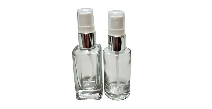 GH730P: 30ml Square or Round Shaped Clear Glass Sprayer Bottle with Silver Collar