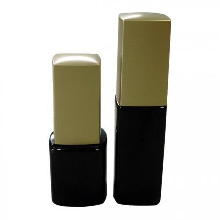 GH23P 631BB – GH23P 602BB : Flacon noir de 7 ml et 10 ml avec bouchon carré doré