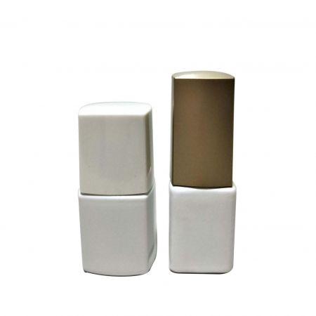 GH34 631WW – GH23P 632WW : Bouteille blanche carrée et rectangulaire de 7 ml avec bouchon carré et brosse