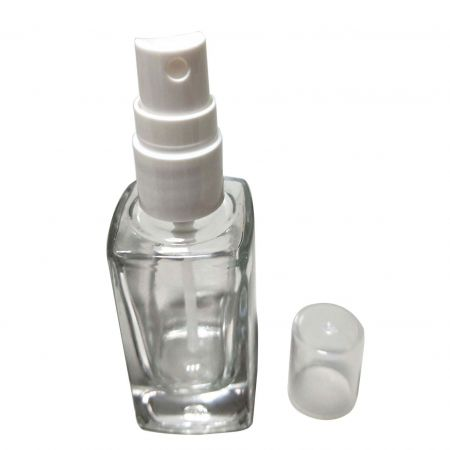 GH730PW: 30ml Square Clear Glass Bottle with Sprayer (White)