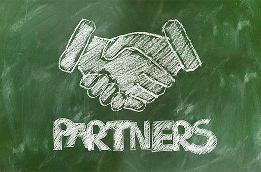 Ambedded グローバルに分散およびシステムインテグレーターパートナー。
