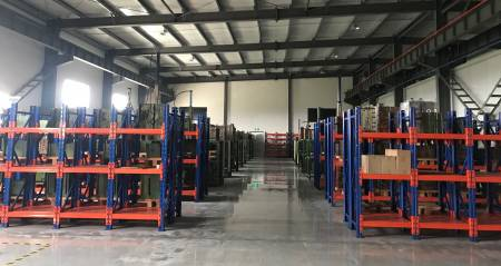 Departamento de almacenamiento de moldes