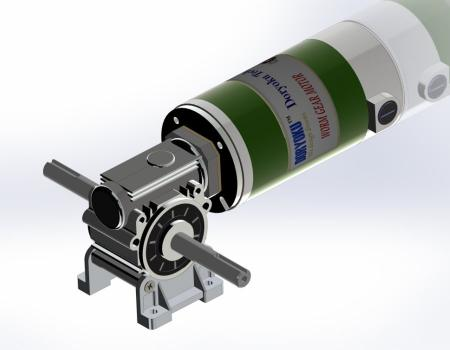 Silnik z przekładnią ślimakową o mocy 220 W na prąd stały - Silnik z przekładnią ślimakową DC WG80M, NMRV 030 56B14 zainstalowany w narzędziu ogrodniczym, kosiarce. NMRV 040 lub 63B14 jest opcją.