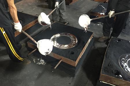 Perkakas hard case dari pengecoran pasir resin Furan