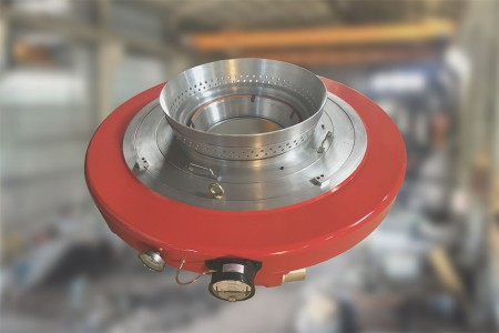 High output, low thickness variation air ring for LDPE.