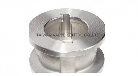 Retainerless type dual check valve