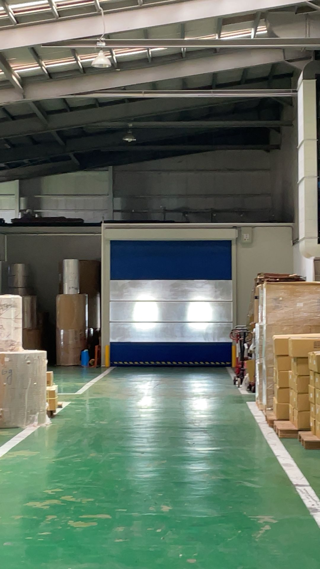 photo of clean and well managed factory providing safe working evironment in Chun Yu Plastic