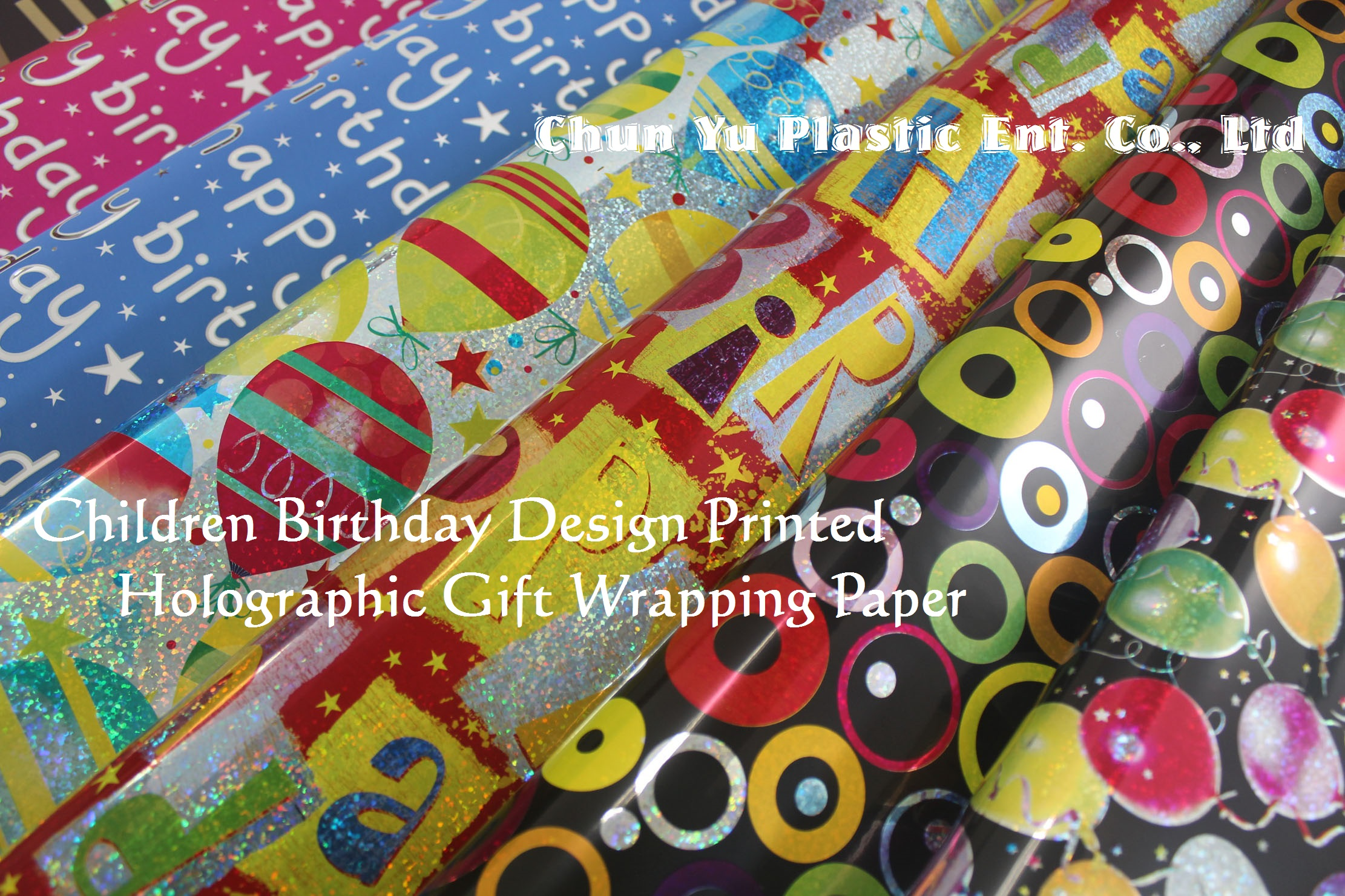 Holograficzny papier do pakowania prezentów z nadrukiem dla dzieci na przyjęcia urodzinowe i uroczystości. Nasz urodzinowy papier do pakowania holograficznego zawiera projekty dla dziewczynek i chłopców.