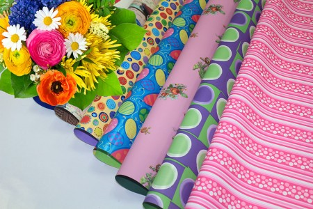PP Synthetic With Design Printed Flower Wrapping & Gift Wrapping (Pearl Wrap) - Drukowane kwiaty z perełkami i prezentami w rolce i arkuszu