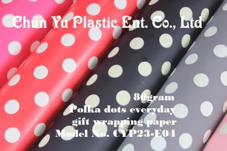 Model No. CYP23-E04: Kertas Pembungkus Kado Sehari-hari Polkadot 80gram - Kertas pembungkus kado 80gram dicetak dengan desain polkadot untuk kemasan kado