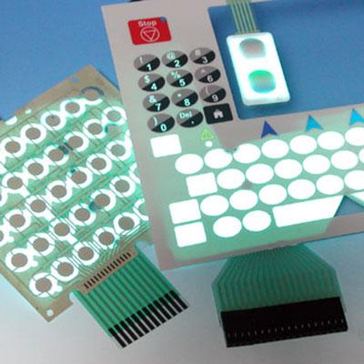 Électroluminescence assemblé avec      Interrupteur à membrane (clavier à membrane) - Interrupteur à membrane (clavier à membrane) avec rétroéclairage EL.