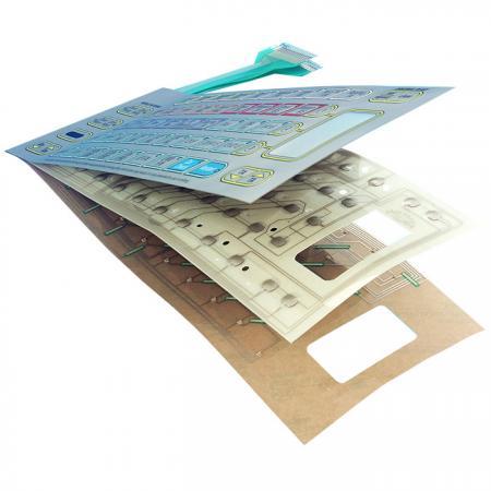 Membrana PET de tres capas con LED - circuito de tinta de aislamiento y cúpulas metálicas ensambladas