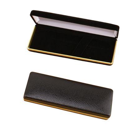 Estojo para caneta - couro preto com acabamento dourado - Estojo para caneta - Veludo duplo com acabamento dourado