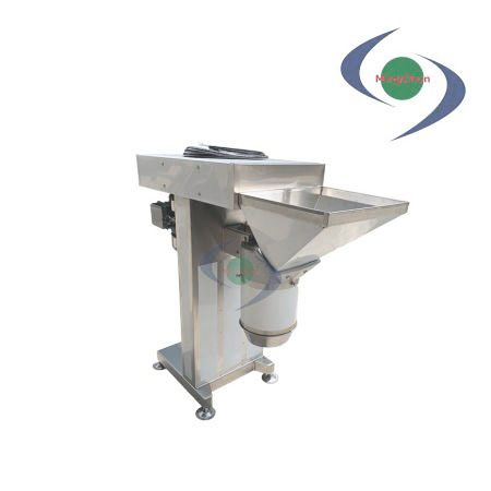 Stainless Steel Large Crusher DC 220V 380V 2HP - The vegetable crusher can mince many kinds of food to pieces and mud.