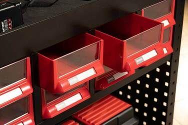 도구 카트에는 보관을 위한 16개의 부드러운 서랍이 있습니다.