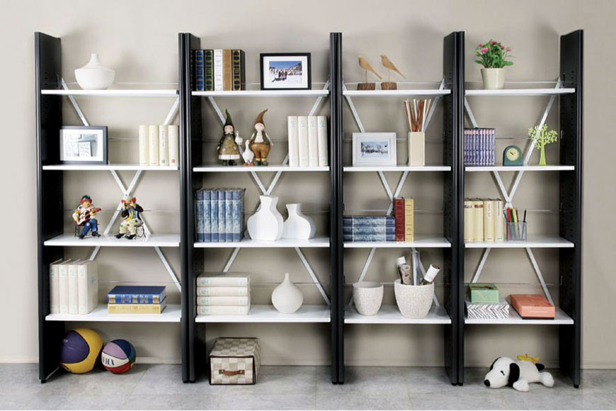 Ladder style bookcase with durable steel frame
