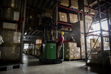 SHUTER warehouse