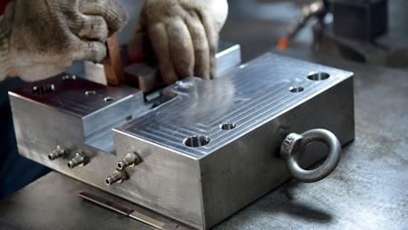 Mold design and manufacturing