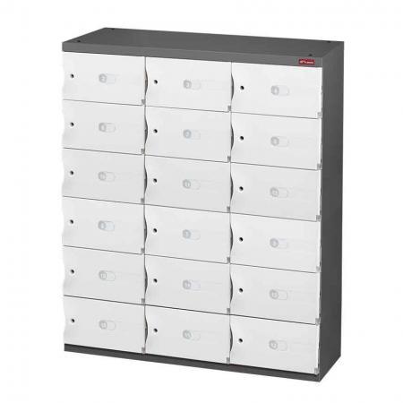 신발 또는 사무실 보관을 위한 Office Storage Credenza - 3열에 18개의 작은 문 - SHUTER 이 완벽한 18도어 수납 유닛은 실용성과 미려한 외관을 동시에 제공합니다.