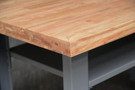 Yalnızca fabrika kullanımına değil, aynı zamanda evde veya ofiste kullanıma da uygun bir çalışma masası.