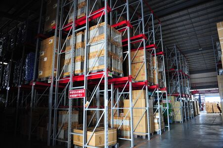 Over 12,000 square meters warehouse