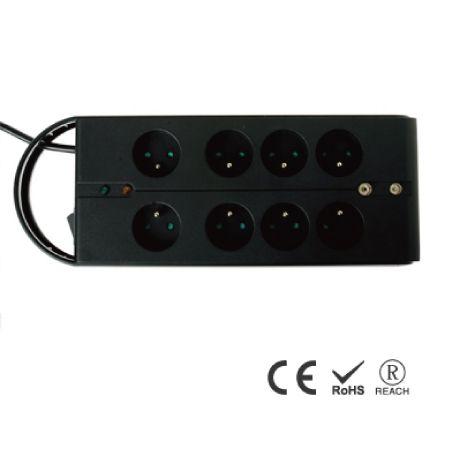 8孔便攜式插座 - 法式防誤入安全插孔
