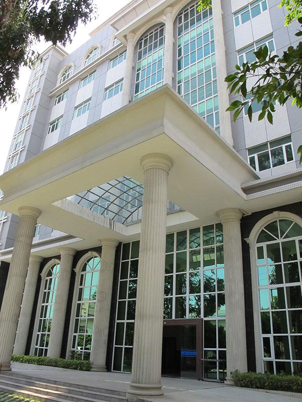 Новое офисное здание и завод Ahoku расположены в городе Донггуань, Китай