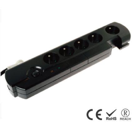 5孔突波保护插座 - 法式防误入安全插孔