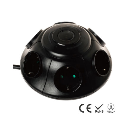 プッシュボタンスイッチ付き6ACコンセントウォールマウントサージプロテクタ - 安全シャッター付きシュコーレセプタクル