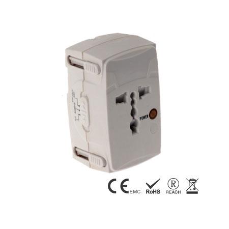 多国旅行转换器内置4个不同插头 - 旅用转换插接器