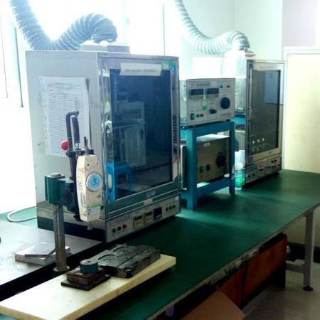 グローワイヤー試験装置と比較トラッキングインデックステスター。