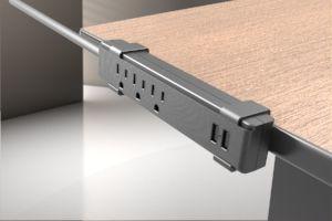 Protector de sobretensión de abrazadera de escritorio de 3 salidas y 2 puertos USB