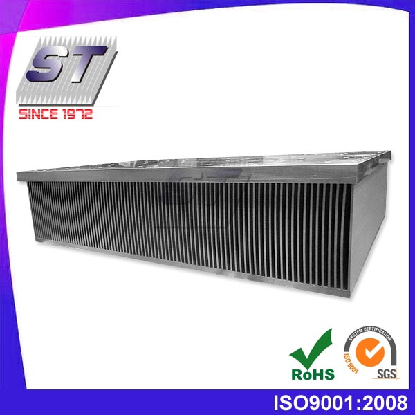 Uso del inversor de disipador de calor laminado de aluminio