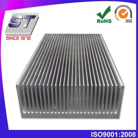 W113.0mm × H35.0mm 鋁散熱片