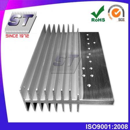 Disipador de calor de aluminio para la industria automotriz 90.2mm × 35.0mm