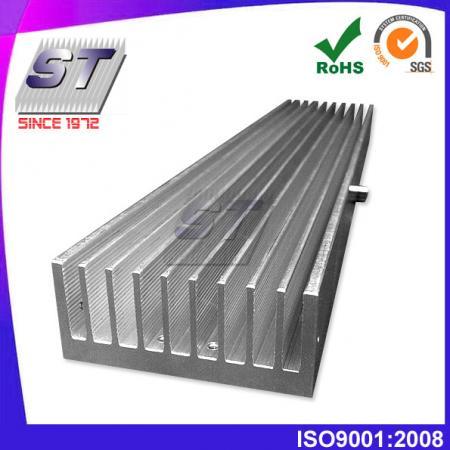 W69.8mm × H30.25mm 鋁擠壓成型散熱片