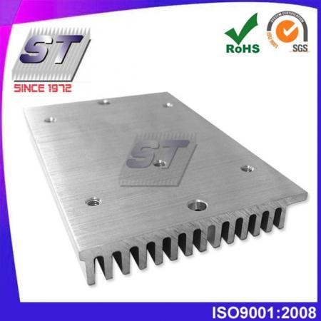 W24.2mm × H9.0mm 鋁製散熱片