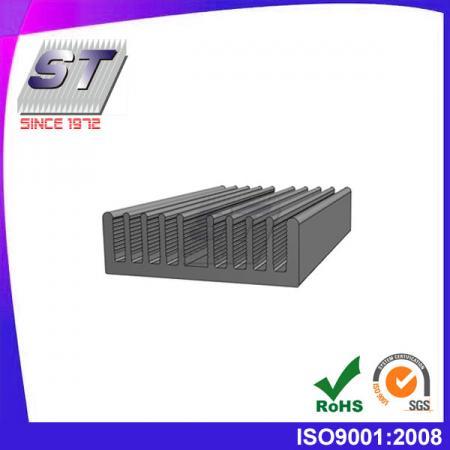 W51.0mm × H16mm 鋁製6063-T5散熱片