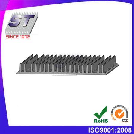 W135mm × H15mm 알루미늄 압출 방열판