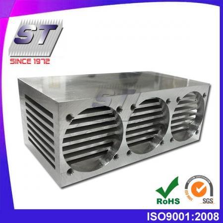W50.0mm × H68.0mm 鋁製壓合式散熱片-特殊需求