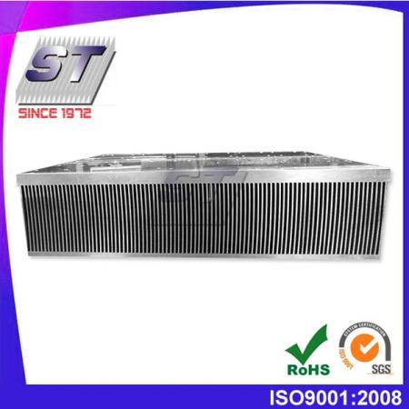 W465.0mm × H113.0mm 鋁合金壓合式散熱器
