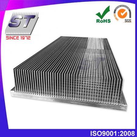 W250.0mm × H115.0mm 鋁合金插片式鋁製散熱器