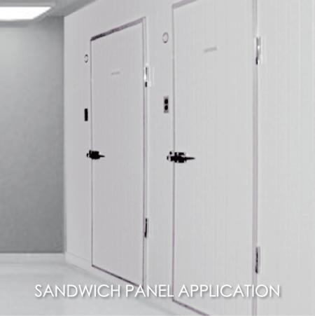 Bảng điều khiển bánh sandwich - Việc sử dụng kim loại tráng để làm thư viện phòng sạch có thể làm tăng tính thẩm mỹ và độ bền