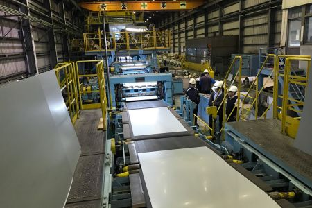 Lienchy Laminated Metal-Steel Roll Cutting Area