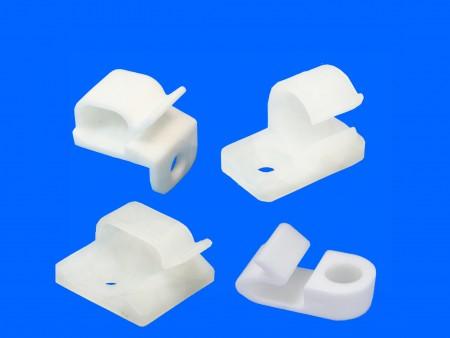 Montaje de alambre de plástico