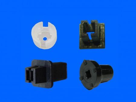 Cubierta extensible de interruptor de plástico